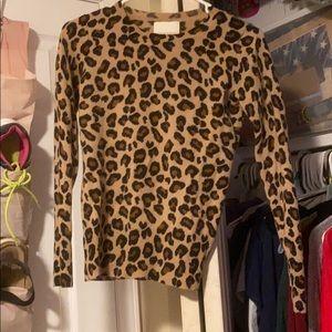 Long leopards print long sleeve shirt